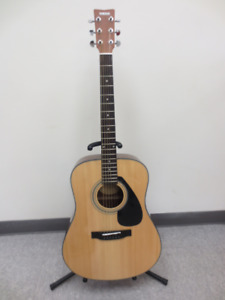 Yamaha Dreadnought Acoustic