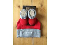 Brand new baby Converse booties and hat, 0-6 months,