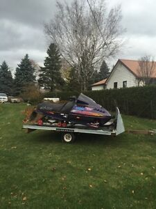 Formia 600 triple and double sled trailer