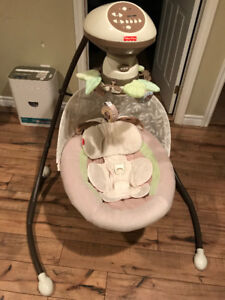 Fisher Price Snug-a-Bunny Baby Swing