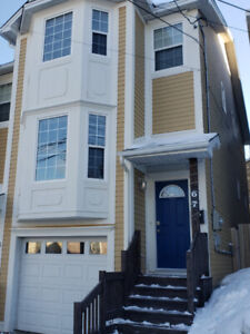 For Lease - Beautiful Executive Downtown Townhome