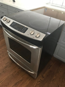 "GE 30"" Electric Stove - Great Condition!"