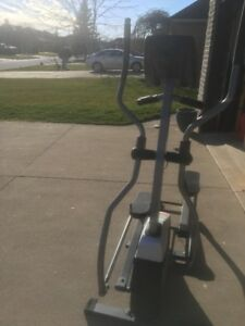Tempo fitness 645 E  Elliptical
