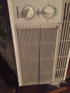 Air conditioner Kawartha Lakes Peterborough Area image 1