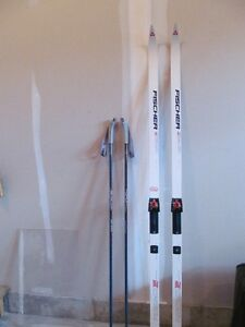 Fischer Crown Superlite cross country waxless skis and poles