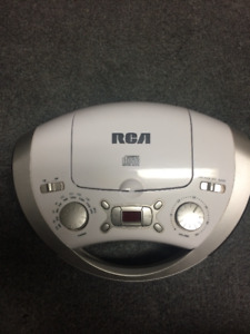 RCA PORTABLE CD PLAYER