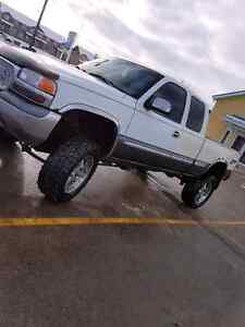 Lifted Sierra 1500 comes with inspection
