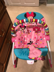 Disney Baby Minnie Mouse Rocker/Bouncer