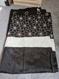1 x pair of black eyelet curtains