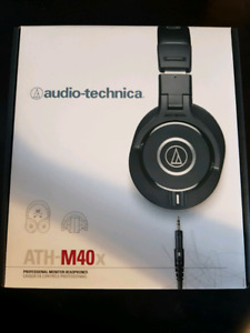 Audio-technica M40X ALMOST NEW