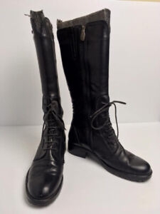 Pajar Front Lace Up, Side Zip Boots (Size 8.5)
