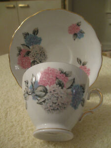 GORGEOUS OLD VINTAGE ROYAL VALE BONE CHINA CUP and SAUCER