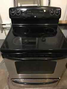 GE Self cleaning oven black with stainless steel