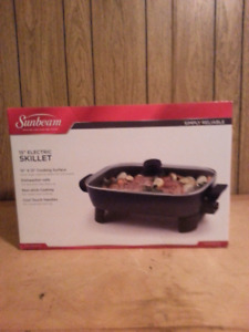 Cooking skillet (brand new)