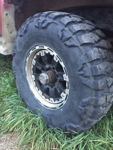"35"" mud grapplers"