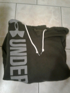 Under armour Sweater! $20