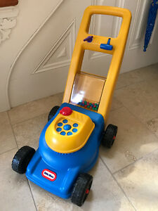 LITTLE TIKES POPPING LAWNMOWER