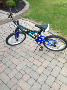 Supercycle Momentum Youth Dual Suspension in great shape