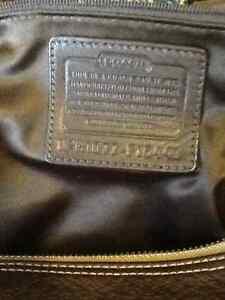 Authentic coach purse Kingston Kingston Area image 3