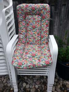 6 Patio chairs with cushions Oakville / Halton Region Toronto (GTA) image 1