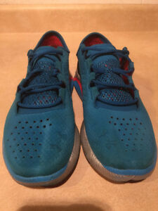 Women's Under Armour Speed Foam Light Running Shoes Size 8.5 London Ontario image 4