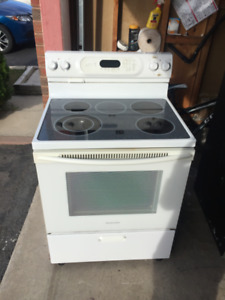 Kitchenaid mint condition smooth glass top stove for sale