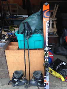Salomon downhill ski set