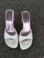 Size 7 ladies shoea