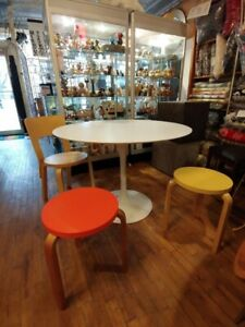 Marble tulip dining tables and teak chairs mid century mcm