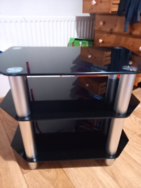 Tv stand (good condition)