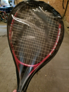 Head tennis racquet with cover