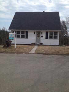 Great area west, 3 bedrooms, 2 baths, double detached garage