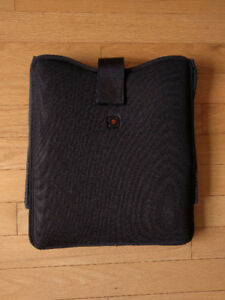 Victorinox Cross Suspension Computer Sleeve