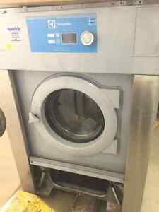 Used Electrolux 30lb Commercial Washing Machine