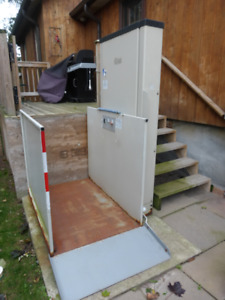 Lift - Outdoor Platform - New Price