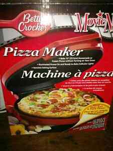 Pizza Maker and oven
