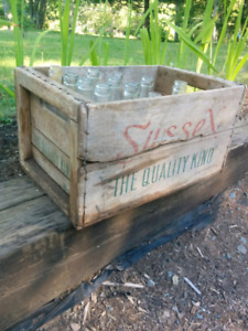 Sussex Ginger ale wooden crate and various pop bottles