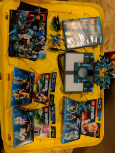 LEGO Dimensions (WiiU) w/ sealed packs and extras