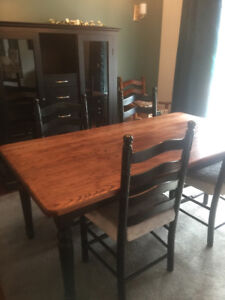 Farmhouse Solid Oak Table and Six Chairs