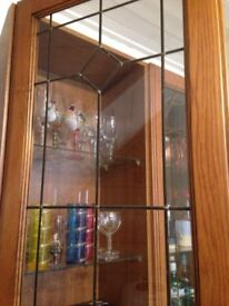 Wooden / glass cabinet