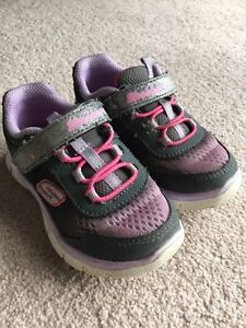 Sketchers toddler size 8 running shoes