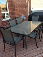 Aluminum Patio Table with 8 chairs -$250