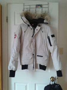 Canada Goose Jacket White Mens Medium