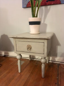 Vintage light blue side table / night stand