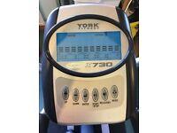 York X730 Elliptical Cross Trainer - great condition!