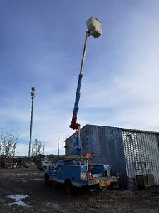 BUCKET TRUCK FOR HIRE- HOT SHOT SERVICES -PICKER & TRAILER