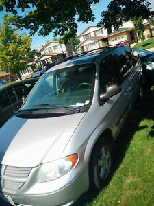 2007 DODGE GRAND CARAVAN *E-TESTED/SAFETY TESTED/ NEW BATTERY**