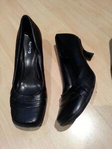 Chaussures Saint-Hyacinthe Québec image 2