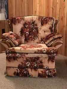 Vintage Couch / Chair Combo Kawartha Lakes Peterborough Area image 1