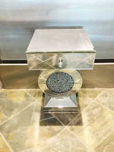 BEAUTIFUL NIGHTSTANDS - PROMO STARTING FROM $199